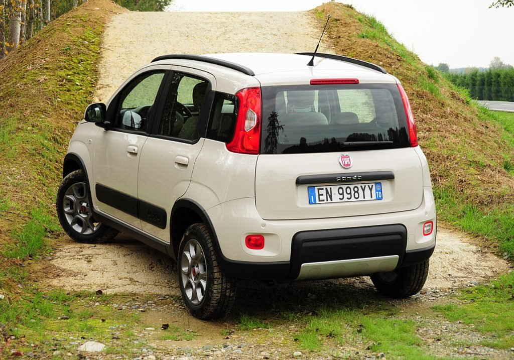 fiat panda 4 4 ma voiture. Black Bedroom Furniture Sets. Home Design Ideas