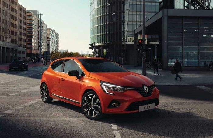 Renault se met enfin à l'hybride